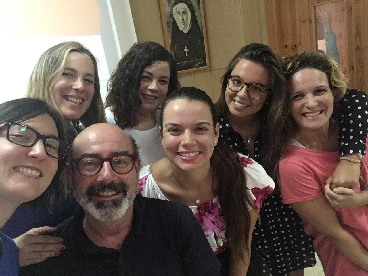 Us presentem la nova auxiliar d'anglès de l'escola: Daniella Sousa.